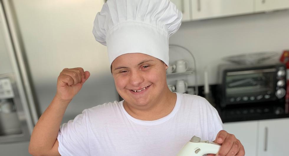 Alejandro Hermoza tiene 20 años y estudia cocina en un instituto de Lima. Su sueño es tener un restaurante que será un homenaje a su abuelo.