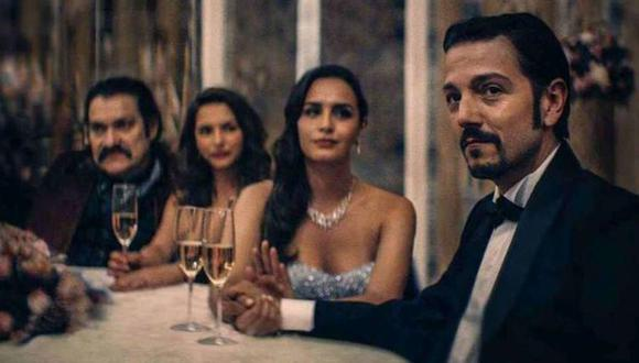 Netflix ha logrado recrear a la perfección una fotografía sobre la familia Arellano Félix (Foto: Netflix)