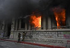 Cómo fueron los 18 minutos que incendiaron al Congreso de Guatemala