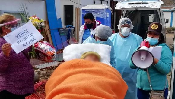 Huancavelica: bisabuela de 80 años con diabetes, hipertensión y alzhéimer derrotó al COVID-19 (Foto: Essalud)