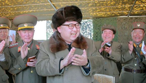 """Kim Jong-un dice que tiene """"plena capacidad de ataque nuclear"""""""