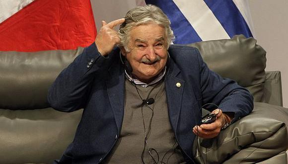 """Mujica: """"A los pobres no se les ataja con alambradas"""""""