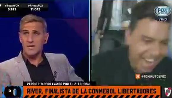 Raúl Cascini lució incómodo con la repetición del video del festejo de Marcelo Gallardo. (Captura: Fox Sports)