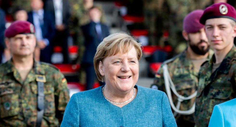 La canciller de Alemania, Angela Merkel, asiste a un juramento de reclutas en Seedorf, el 22 de septiembre de 2021. (HAUKE-CHRISTIAN DITTRICH / AFP).