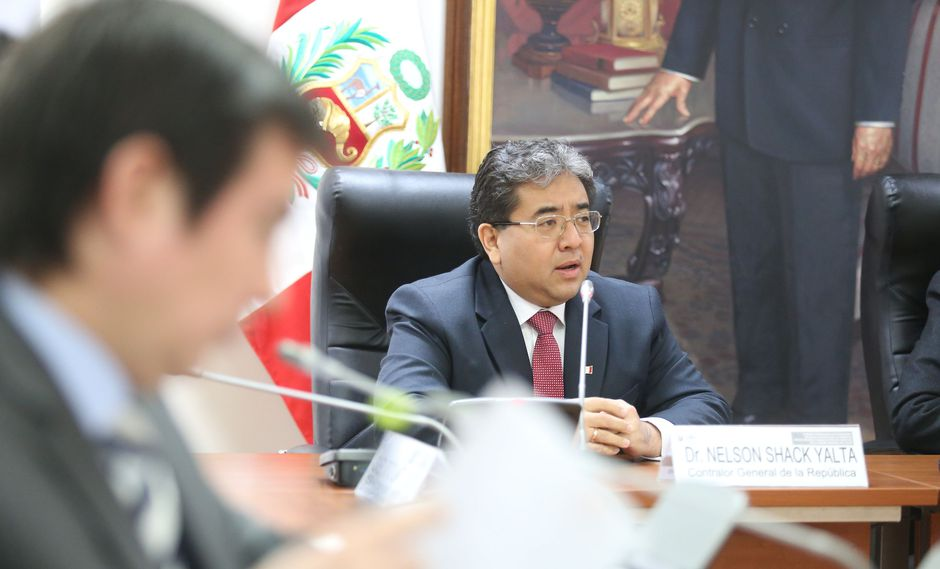 El contralor se presentó ante la Comisión que investiga los hechos de corrupción en el Gobierno Regional del Callao. (Foto: Congreso)