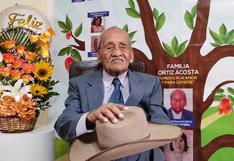 Chiclayo: abuelito cumplió 100 años de vida y lo celebró recitando su propio poema