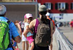 Buscan que madres puedan ingresar con bebés a la universidad o trabajo
