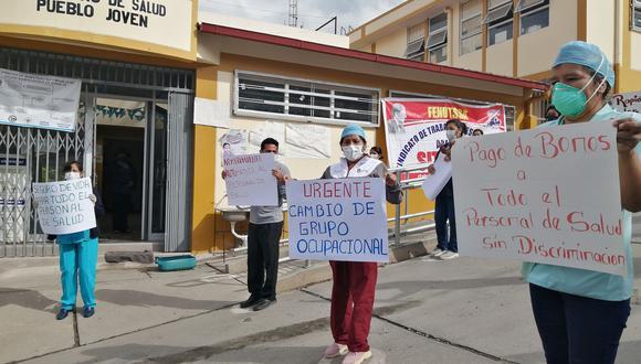Protestas tuvieron lugar en los centros de salud de Pueblo Joven, Tamburco, Bella Vista y en el frontis de la Dirección Regional de Salud de Apurímac. (Foto: Carlos Peña)