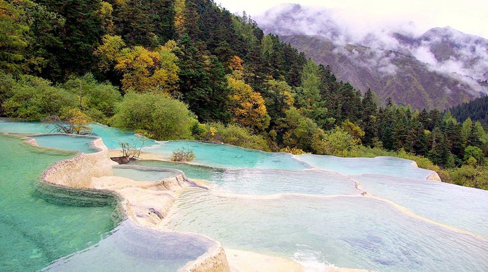 Piscina natural: Conoce estas terrazas de calcita en Huanglong - 1