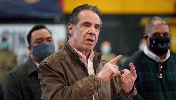 El gobernador de Nueva York, Andrew Cuomo, durante una conferencia de prensa en un sitio de vacunación en el distrito de Brooklyn de Nueva York, EE. UU. (Foto: Seth Wenig / REUTERS).