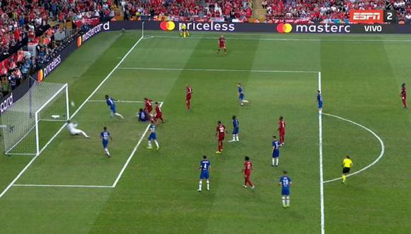 Chelsea vs. Liverpool: Kepa evitó el 2-1 de los 'Reds' tras sensacional doble atajada en la Supercopa de Europa. (Foto: captura)