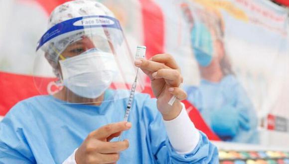 Esta vacuna requiere de dos dosis y recién se está realizando la campaña para la primera inoculación. (Foto: Minsa)
