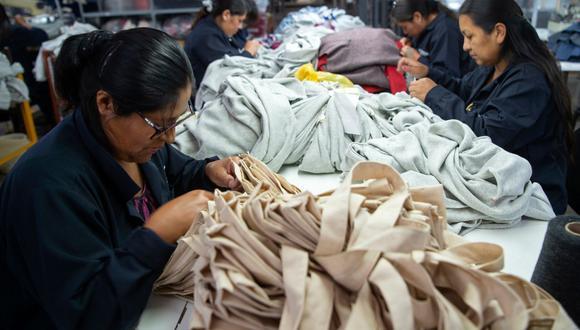 """En agosto se siguió percibiendo la """"resaca"""" de la paralización de las cadenas de producción. (Foto: AFP)"""