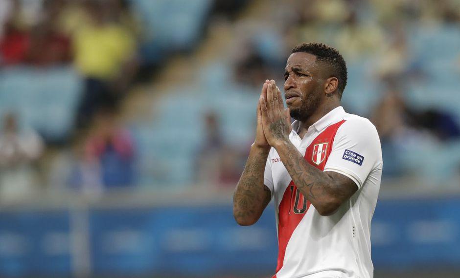 Jefferson Farfán se lesionó durante la Copa América en Brasil. (Foto: AP)