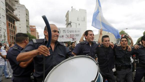 Argentina busca prevenir otra huelga policial