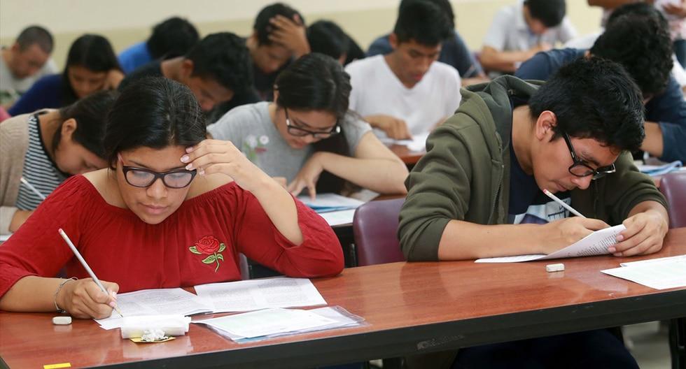 Los resultados del examen de admisión 2020-I están publicados en la web de la Universidad San Martín de Porres. (Foto: Andina)