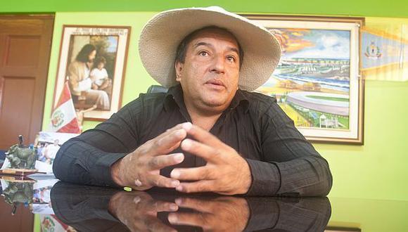 Juez evalúa pedido de impedimento de salida del país para Viñas