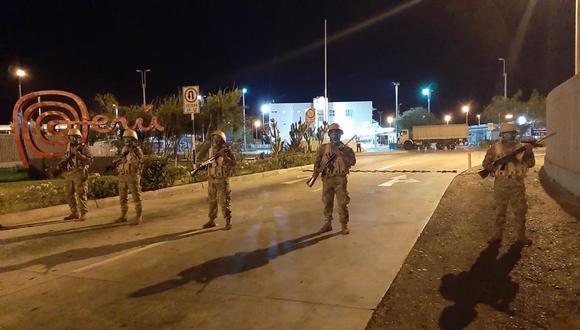 El Ejército peruano brinda apoyo a la Policía Nacional en la vigilancia de las zonas fronterizas. (Foto: Ernesto Suárez).