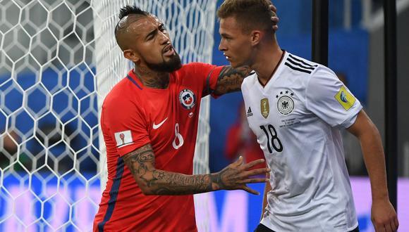 Arturo Vidal y Joshua Kimmich se enfrascaron en una disputa verbal durante la final de la Copa Confederaciones. ¿A qué se debió? (Foto: AFP)