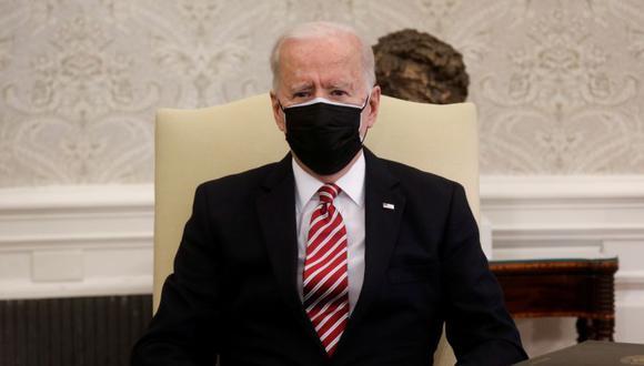 El presidente de Estados Unidos, Joe Biden, organiza una reunión con líderes laborales para discutir la legislación de respuesta al coronavirus y el plan de infraestructura del presidente en la Oficina Oval de la Casa Blanca en Washington, Estados Unidos. (Foto: REUTERS / Leah Millis).