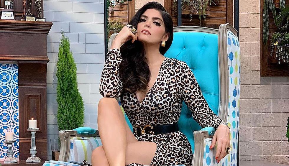 Ana Bárbara anuncia que se casa presumiendo su anillo de compromiso.  (Foto: @anabarbaramusic)