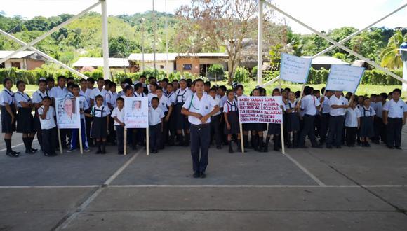 Colber Ríos, el adolescente de 14 años, en su colegio, ubicado en la región San Martín. (Foto: Hugo Anteparra)