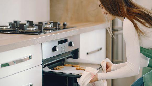 Al pre-calentar, hacemos que la temperatura tome su punto correcto para cada receta (Foto: pexels)