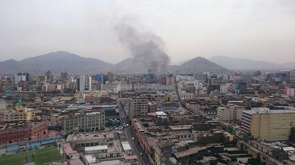 Cercado: incendio en casona en Jr. Puno fue controlado [FOTOS] - 9