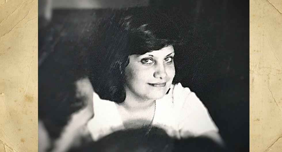 Rossana Sanguinetti de Acuña. En la foto tenía 19 años y era secretaría en Empresas Eléctricas del Perú. Actualmente tiene 2 hijos: Ursula y David Acuña Sanguinetti.