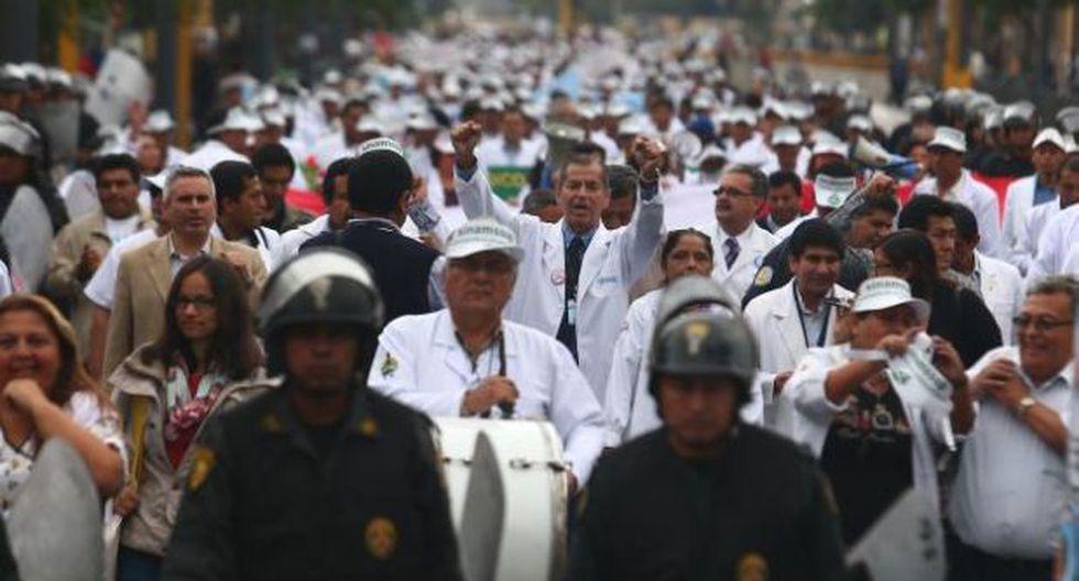Médicos vuelven a laborar: eston son los acuerdos con el Minsa
