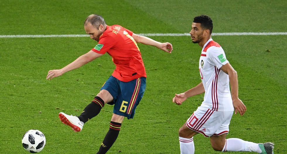 La selección española se enfrenta ante Marruecos esta tarde (1:00 p.m. EN VIVO ONLINE vía DirecTV) por su pase a la siguiente ronda del Mundial Rusia 2018. El cuadro africano se encuentra eliminado del certamen. (Foto: AFP)