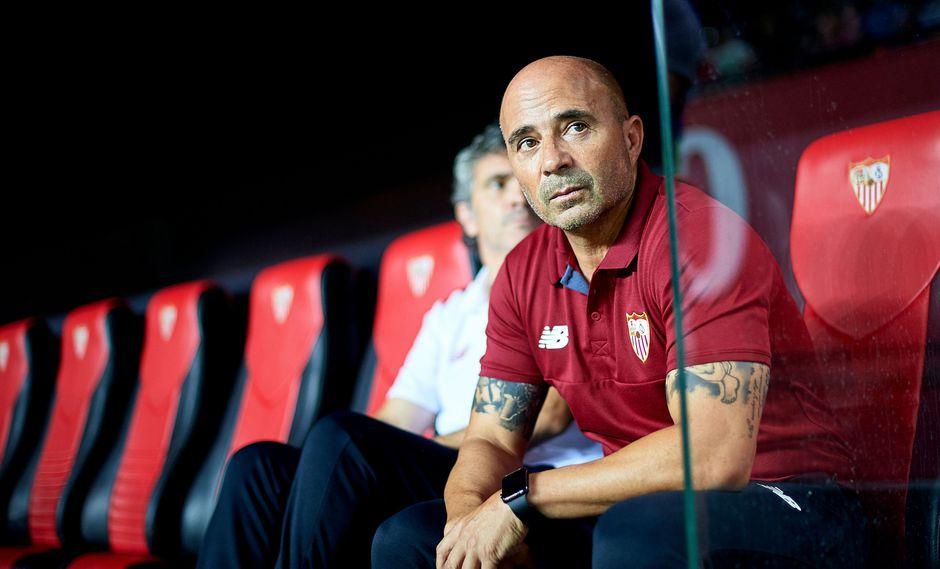 Jorge Sampaoli llegó esta temporada al Sevilla, equipo con el que llegó a octavos de final. (Foto: Agencias)