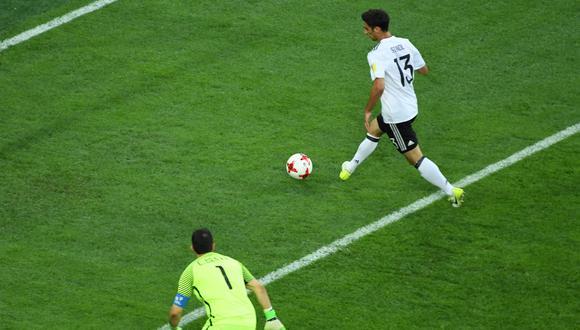 La selección chilena controlaba con autoridad la final de la Copa Confederaciones. Sin embargo un error de Marcelo Díaz generó la ventaja del cuadro teutón. (Foto: AFP)