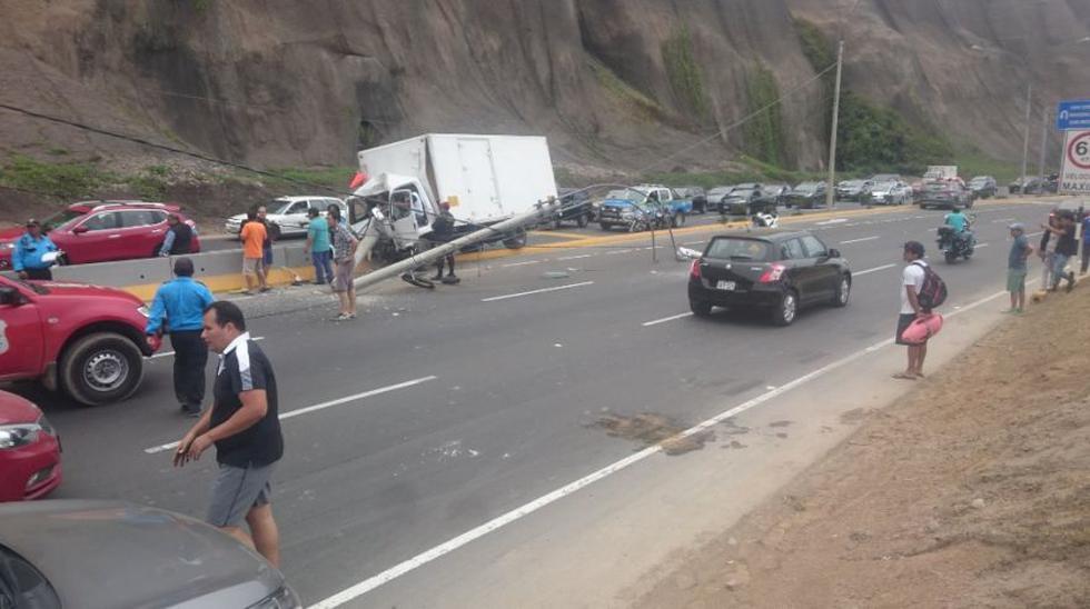 Accidente vehicular provocó gran congestión en la Costa Verde - 4
