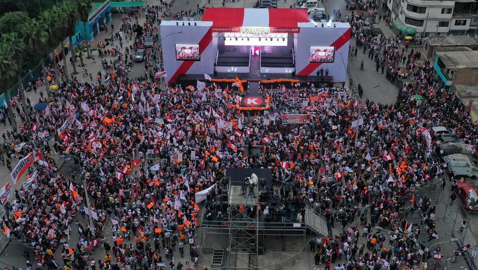 Fursa Popular presidential candidate Keiko Fujimori led the closing rally of his campaign in Villa El Salvador.  (Photo: Giancarlo Avila / @ photo.gec)