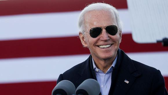El presidente electo de EE. UU., Joe Biden, agradece en broma a los votantes para que Georgia certifique su victoria mientras hace campaña en nombre de los candidatos demócratas al Senado de los EE.UU.  (Foto: REUTERS / Jonathan Ernst).