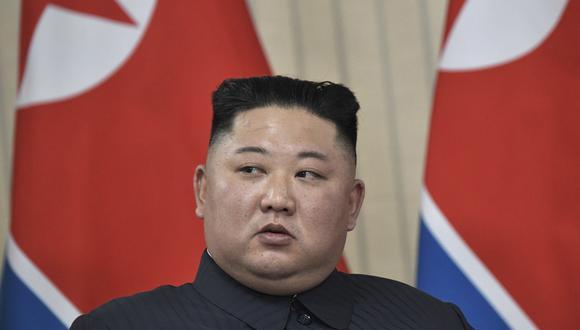 """Kim realizó estos comentarios durante su primera cumbre con el presidente ruso, Vladimir Putin, el jueves en Vladivostok, un encuentro que calificó de """"abierto y amistoso"""". (AP)"""