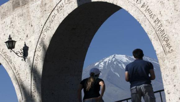 CAF ofreció su apoyo para que se construya un metro en Arequipa
