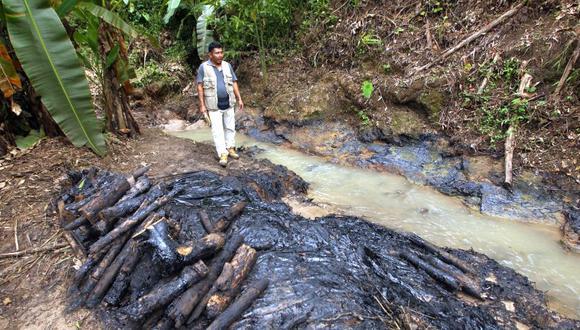 La medida fue tomada para impedir el avance del derrame de petróleo producido el pasado martes que afectó dicha localidad. Aquel día, el crudo avanzó hasta la quebrada Infiernillo, afluente del río Urituyacu. Según versión de la empresa, dicha fuga fue causada por terceros (Foto: referencial)