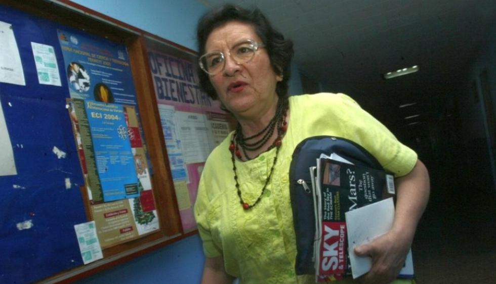 María Luisa Aguilar estudió en Argentina y retornó al país con el objetivo de enseñar astronomía. (Foto: El Comercio)