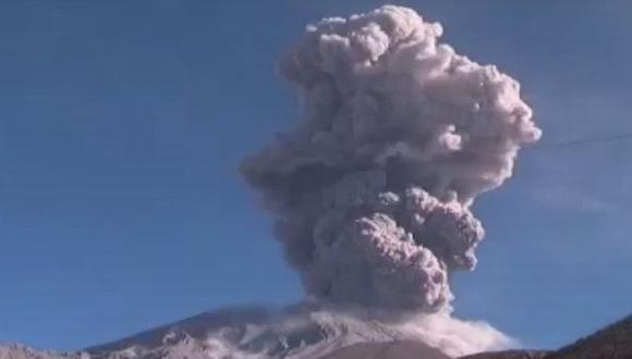 Explosión en el Ubinas formó columna de cenizas de 4 mil metros
