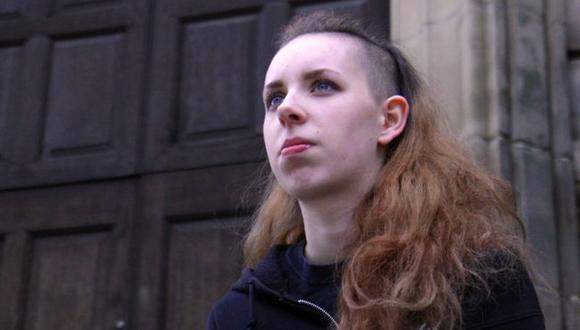 Red Elizabeth Jolley fue diagnosticada con mutismo selectivo.