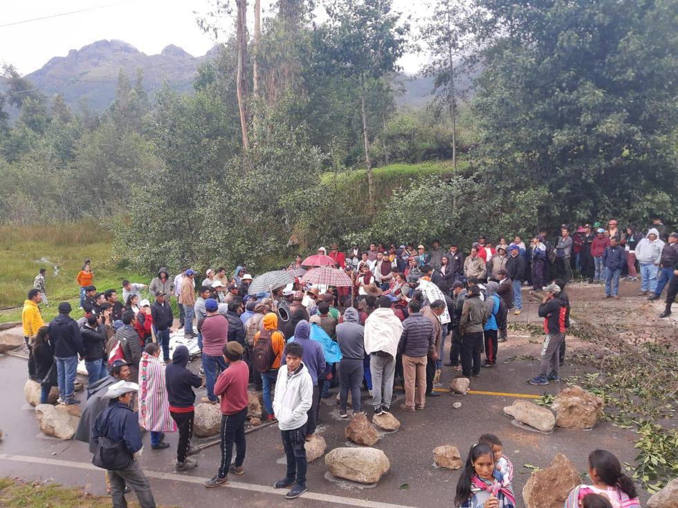 Apurímac: manifestantes bloquean vías durante paro de 48 horas. (Foto: Carlos Peña)
