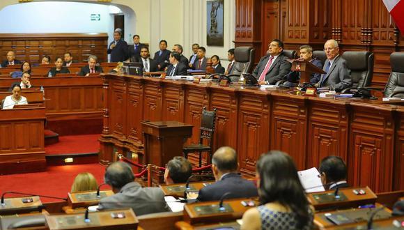 PPK afronta un pedido de vacancia por sus presuntos vínculos con Odebrecht. (Foto: Andina)
