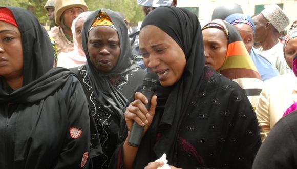 Nigeria ofrece US$300 mil por pistas sobre niñas secuestradas
