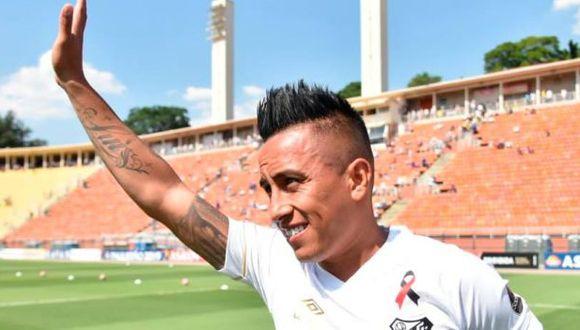 Christian Cueva será jugador de Santos hasta el final del 2022. (Foto: Santos FC)