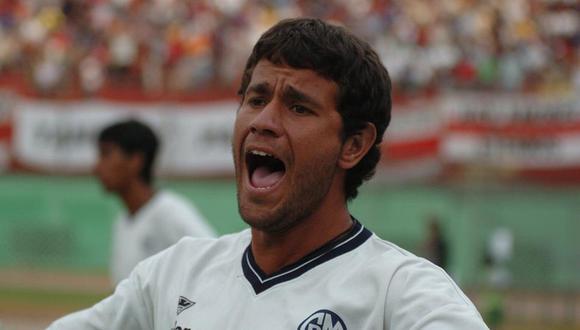 Yaco Eskenazi peleó el ascenso con Deportivo Municipal en el 2004. (Foto: GEC)