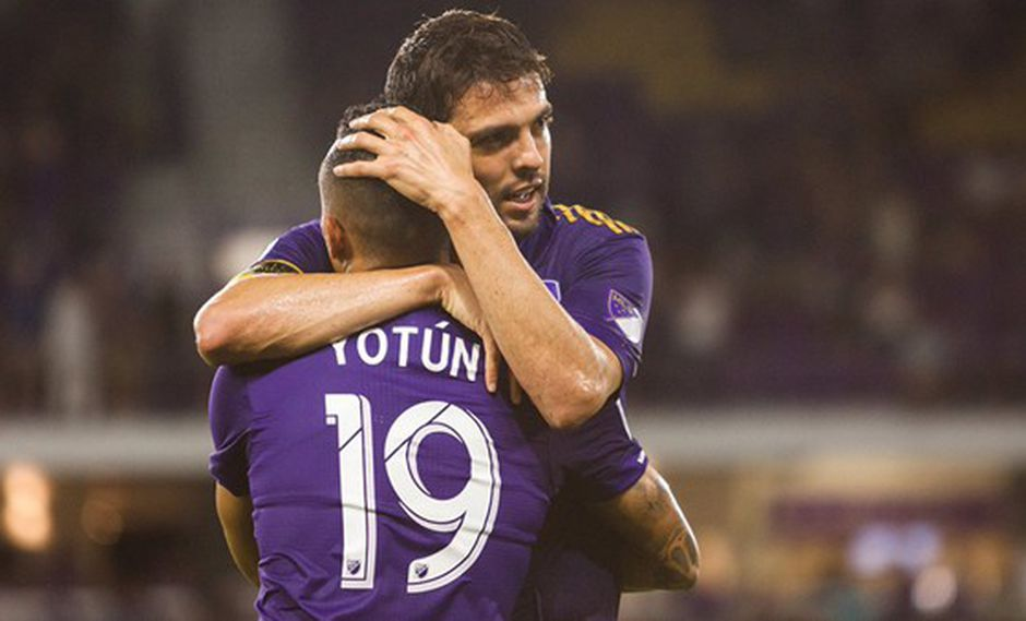 Kaká jugó con Yoshimar Yotún en el Orlando City de la MLS. (Foto: Facebook)