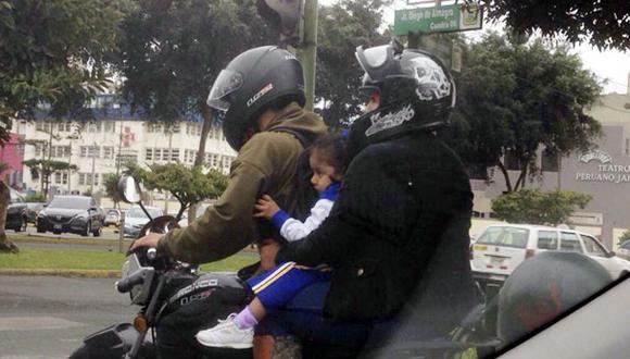 ¿Y el casco de protección para la niña?