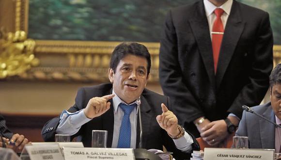 Fiscal supremo Tomás Gálvez podría ser suspendido en sus funciones por caso Cuellos Blancos del Puerto (GEC)